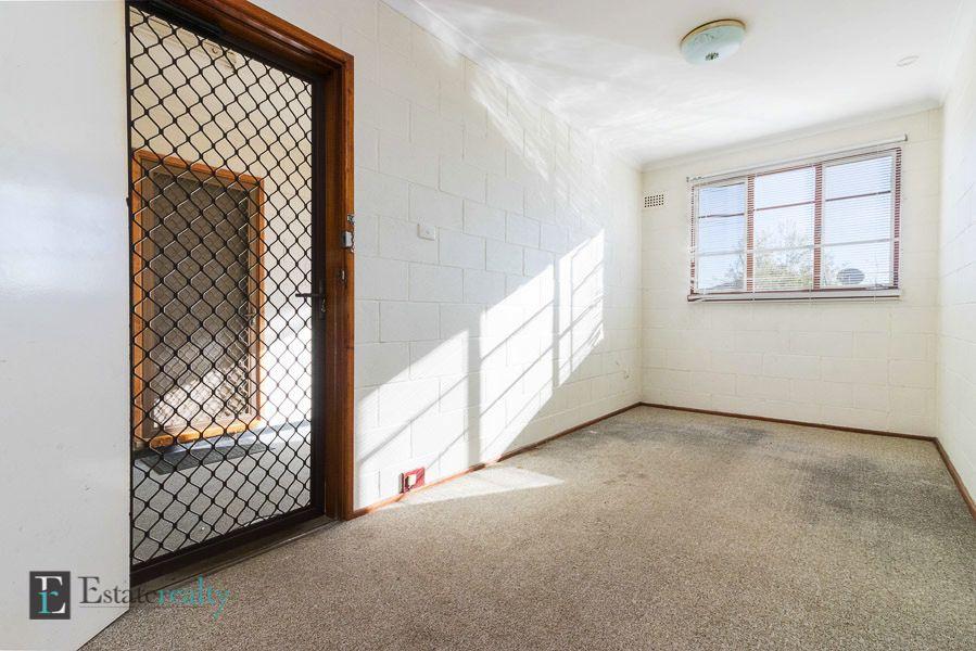 Unit 8/10 Arthur Street, Queanbeyan NSW 2620, Image 2