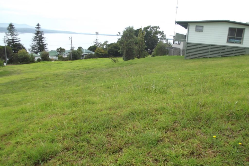16 Inlet View Court, Mallacoota VIC 3892, Image 2