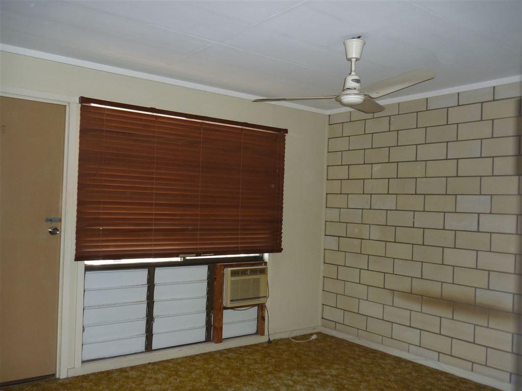 3/1 Charles Street, Ayr QLD 4807, Image 2