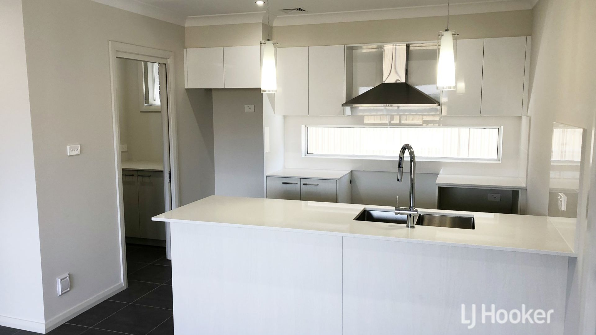 66 Bryant Avenue, Middleton Grange NSW 2171, Image 1