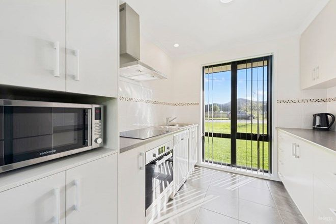 Picture of 130f Main Street, SHEFFIELD TAS 7306