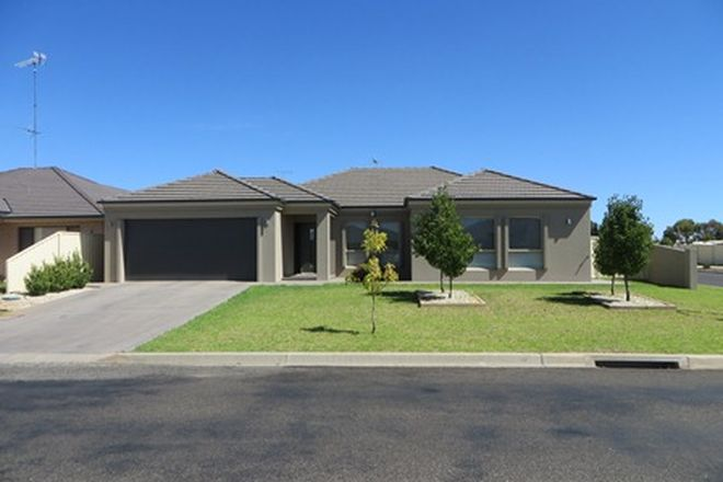 Picture of 40 CALABRIA ROAD, GRIFFITH NSW 2680