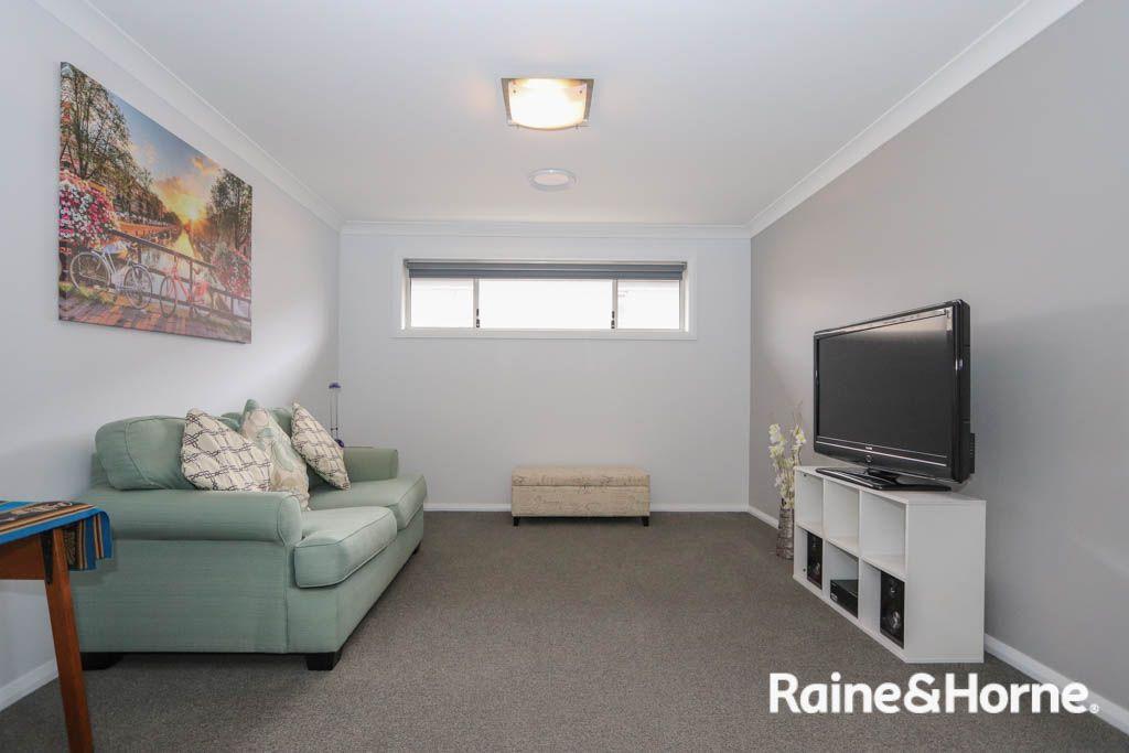 69 Graham Drive, Kelso NSW 2795, Image 2