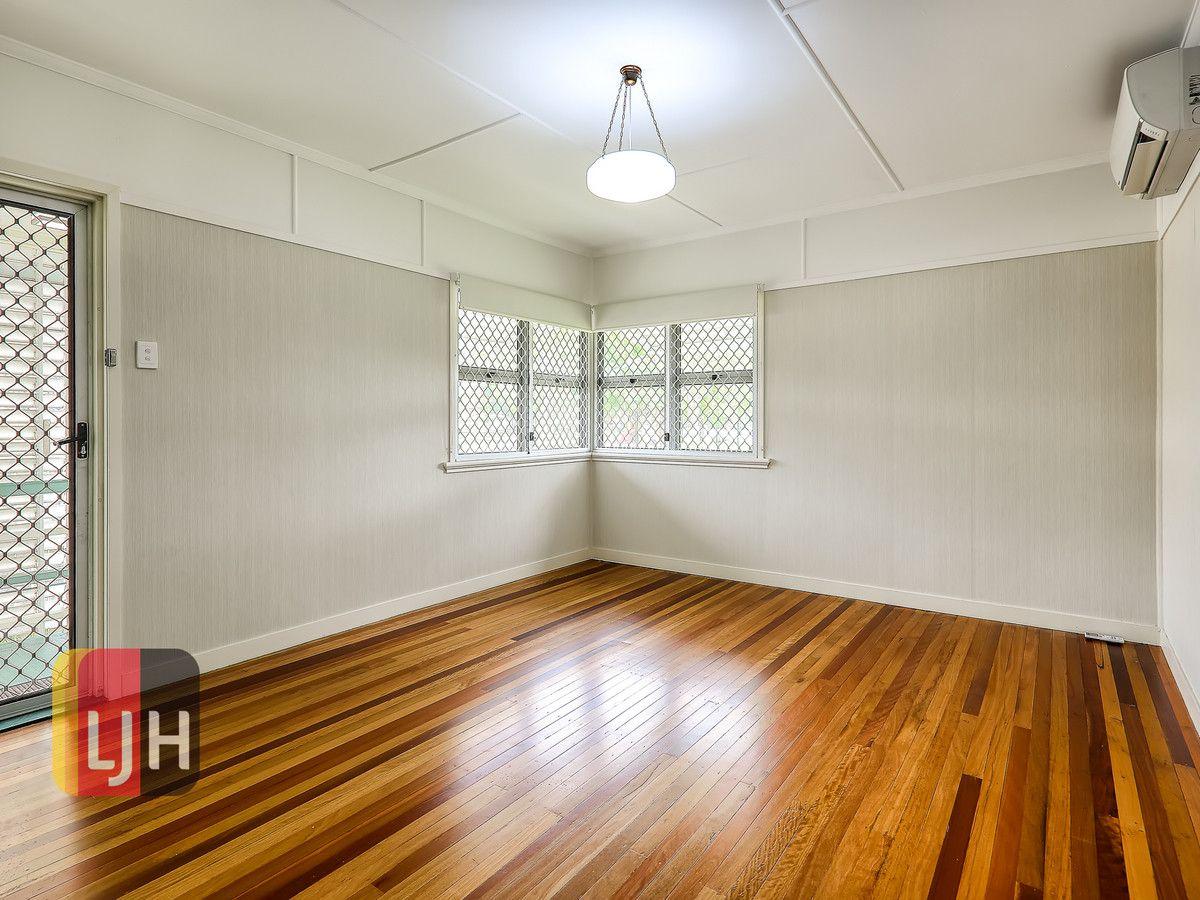 28 Beor Street, Chermside QLD 4032, Image 1