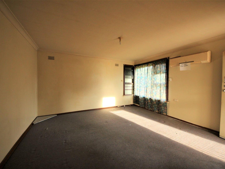 12 Kavieng Street, Whalan NSW 2770, Image 2