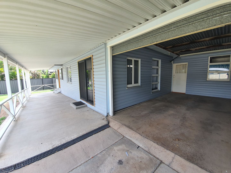32 King St, Moura QLD 4718, Image 1