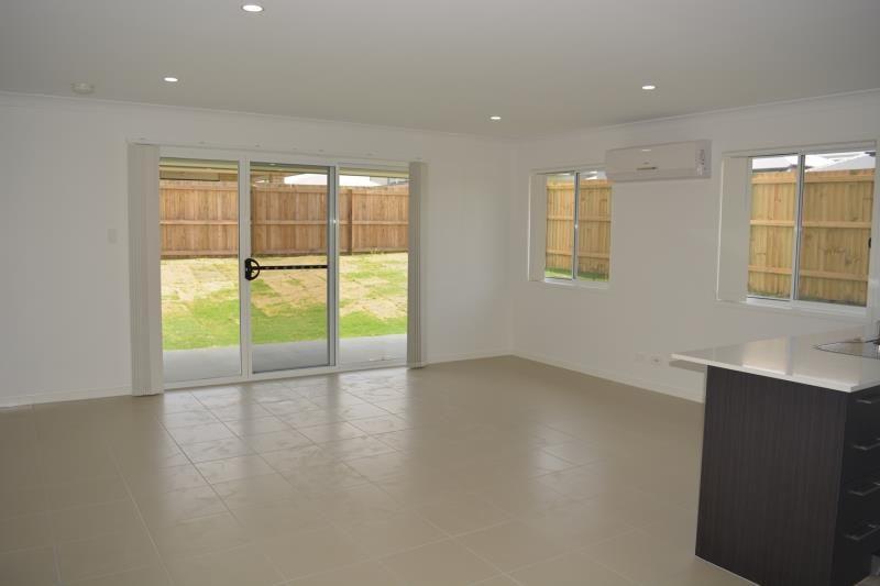 35 Greenstone Street, Yarrabilba QLD 4207, Image 2