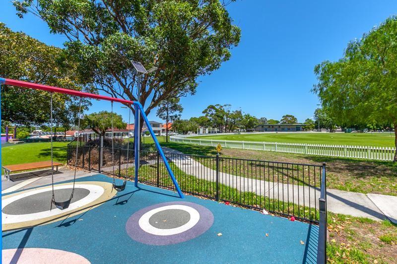 246 DONCASTER AVENUE, Kensington NSW 2033, Image 8