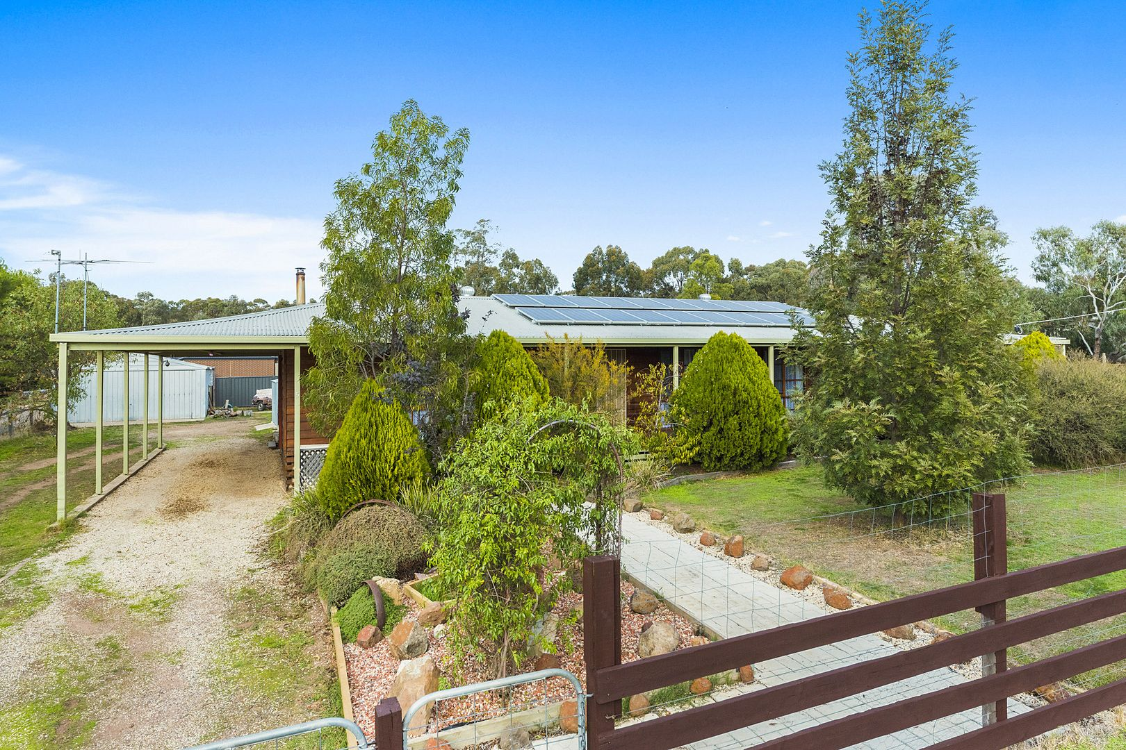 5 Settlers Place, Maiden Gully VIC 3551, Image 0