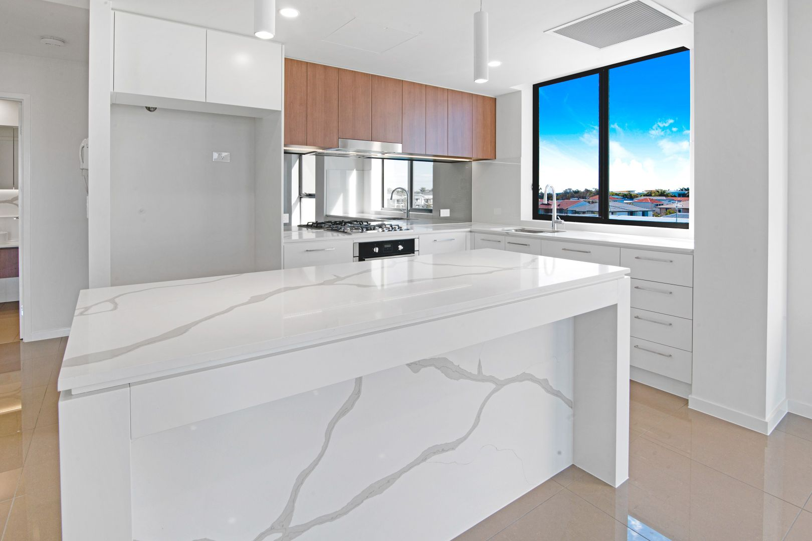 119/37 Sickle Avenue, Hope Island QLD 4212, Image 2