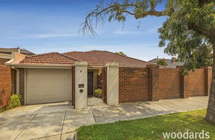 Picture of 10 Anstee Grove, Bentleigh VIC 3204