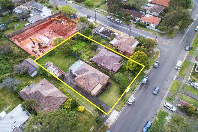 Picture of 17-19 Mildred Avenue, HORNSBY NSW 2077