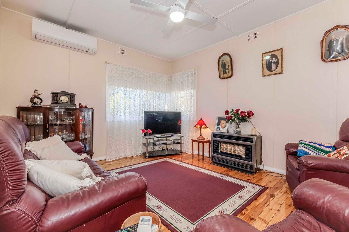 25a Cowdery Street, Glenbrook NSW 2773, Image 2