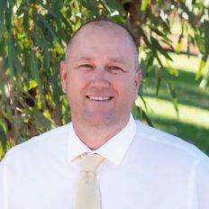 Cameron Smits, Principal