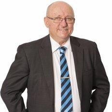 Len Smith, Sales representative