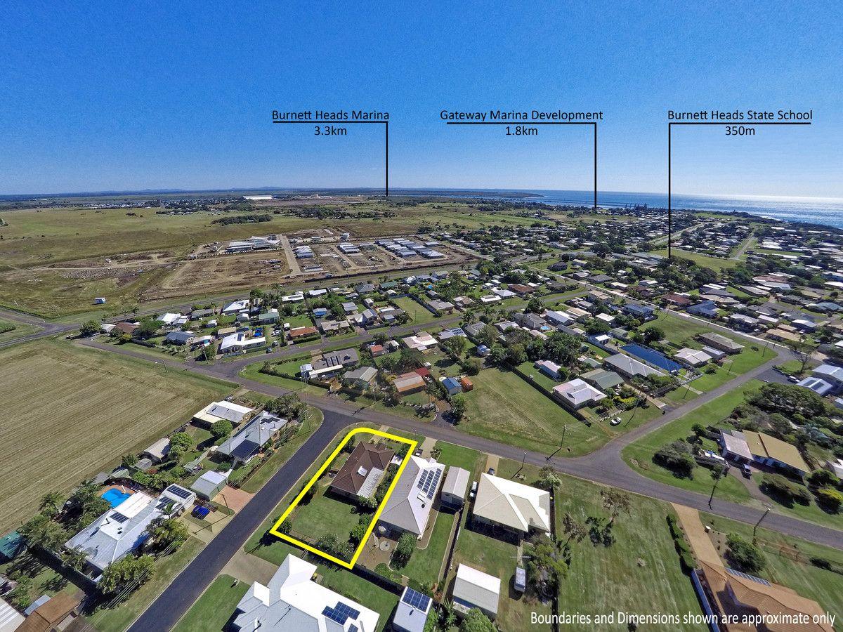 7 Milton Street, Burnett Heads QLD 4670, Image 2