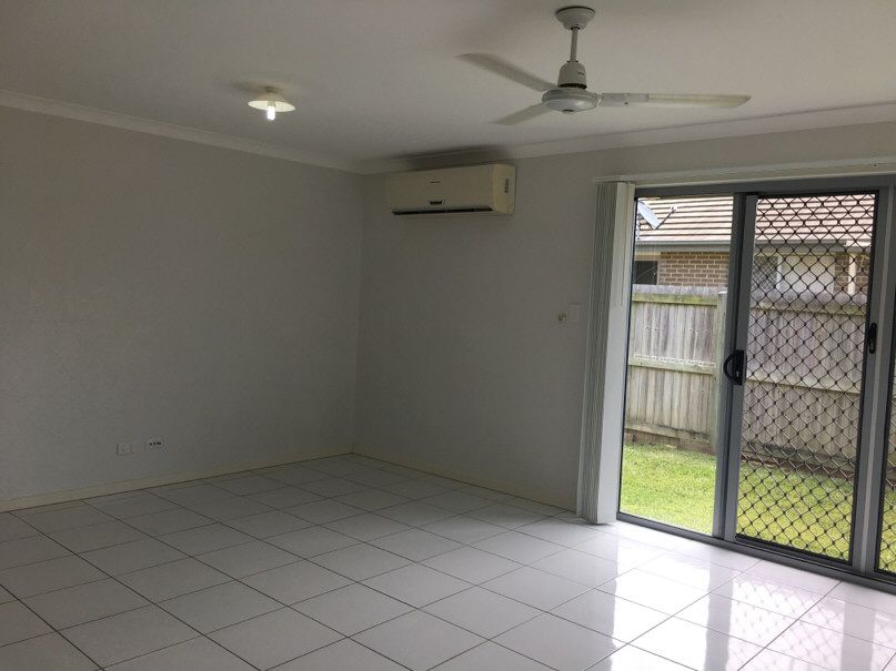 44 Seashell Avenue, Coomera QLD 4209, Image 2