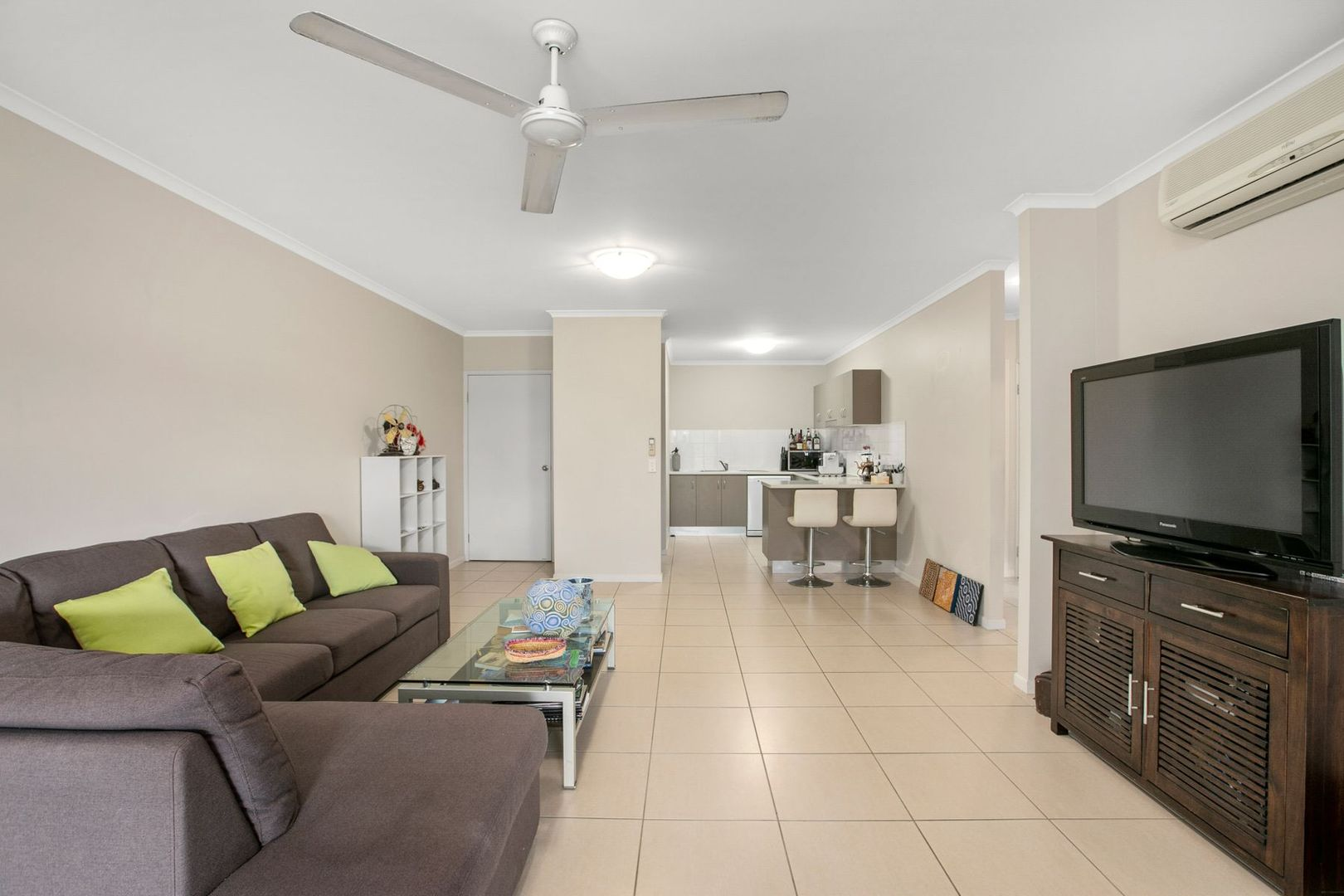 112/335 Lake Street, Cairns North QLD 4870, Image 1