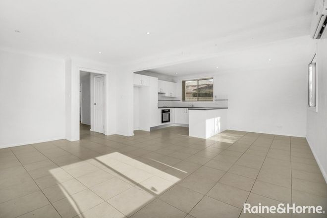 Picture of 2/183 Canberra Street, ST MARYS NSW 2760