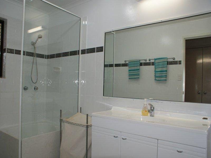 12 Vista Street, Maryborough QLD 4650, Image 2