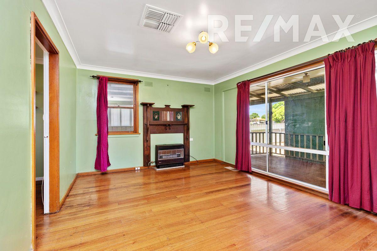 17 Tarakan Avenue, Ashmont NSW 2650, Image 2