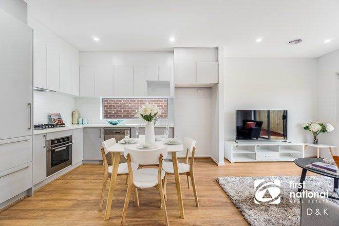 Picture of 37 Maya Avenue, THORNHILL PARK VIC 3335