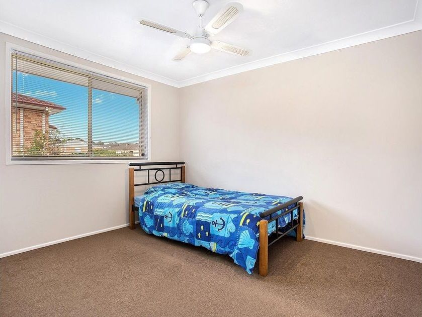 4/130 Glenfield Road, Glenfield NSW 2167, Image 2