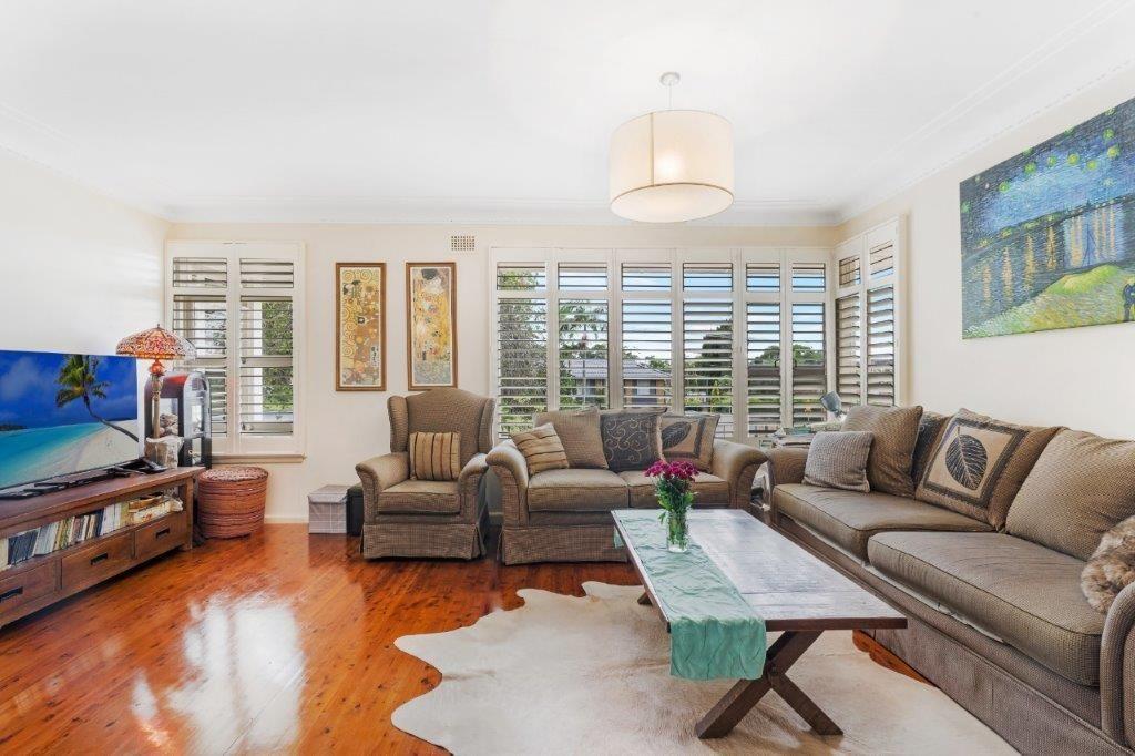 7 Wearden Road, Belrose NSW 2085, Image 2