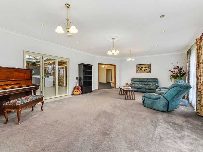 3 Chantilly Place, Mount Gambier SA 5290, Image 2