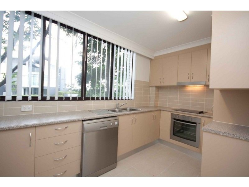 6/83 O'Connell Street, Kangaroo Point QLD 4169, Image 1