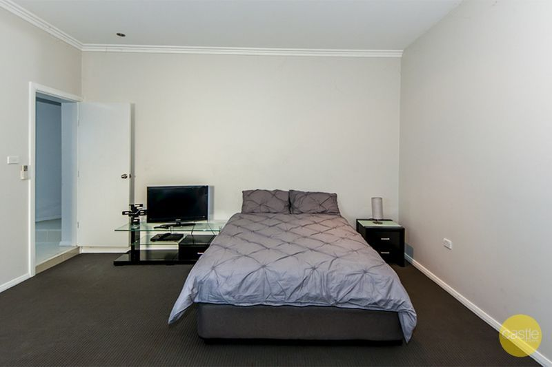 2/71 Crescent Road, Waratah NSW 2298, Image 2