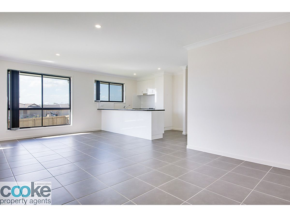 2a Gee Place, Gracemere QLD 4702, Image 2