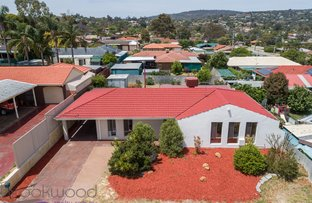 Picture of 2 Chalfont Way, Swan View WA 6056