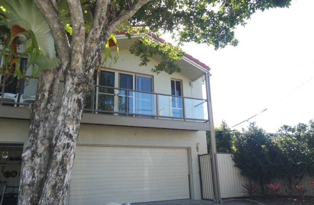 2/25 Clark Street, Biggera Waters QLD 4216, Image 0