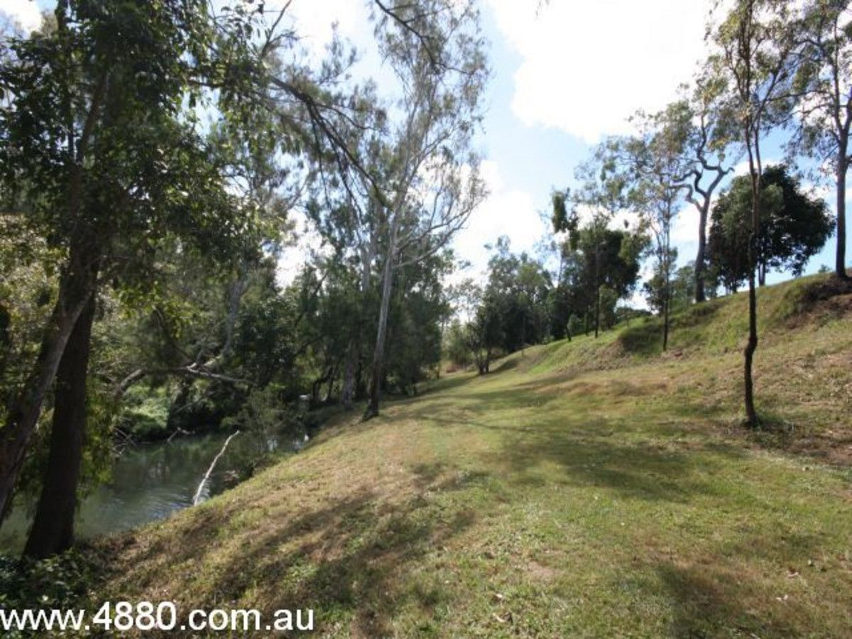 3 Robins Street, Mareeba QLD 4880, Image 2