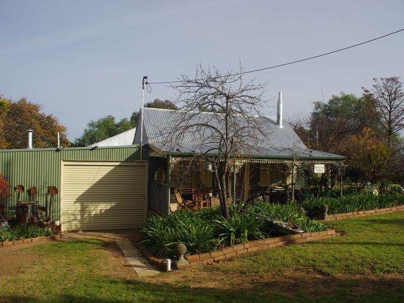 4 Wyangala Via, Cowra NSW 2794, Image 1