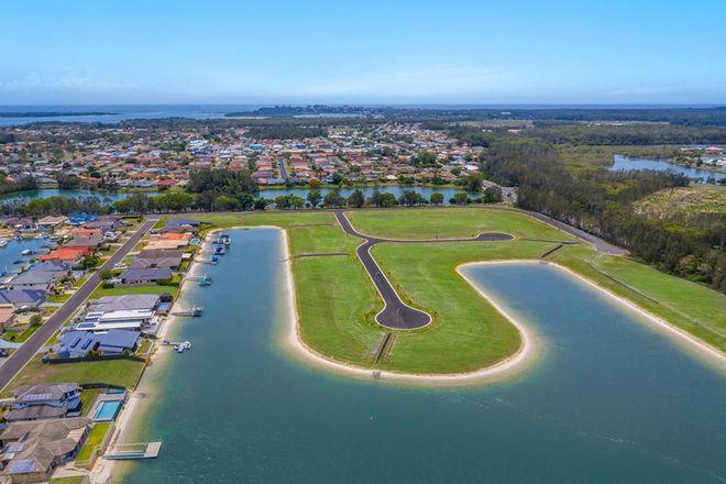 Picture of 1 & 2 -29 Witonga Drive, YAMBA NSW 2464
