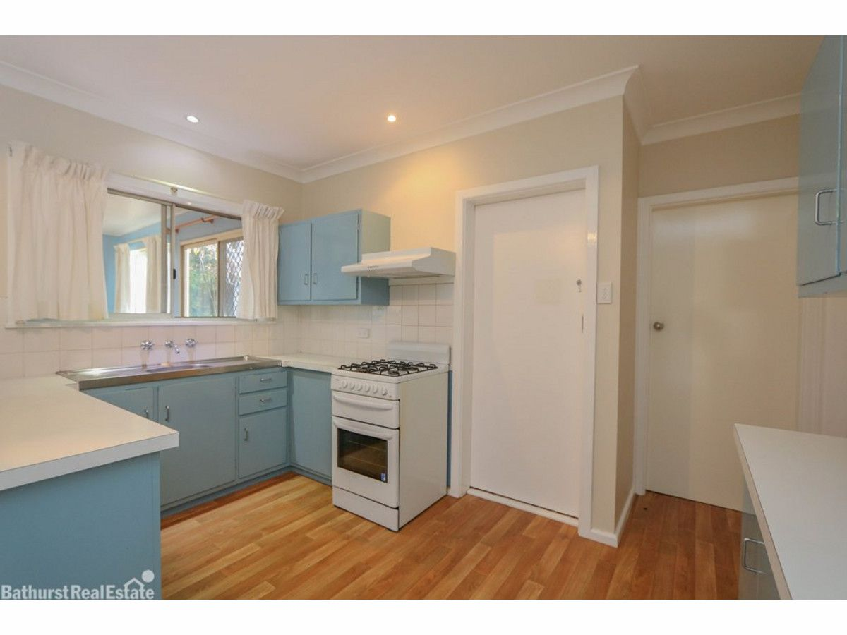 69 Violet Street, South Bathurst NSW 2795, Image 1