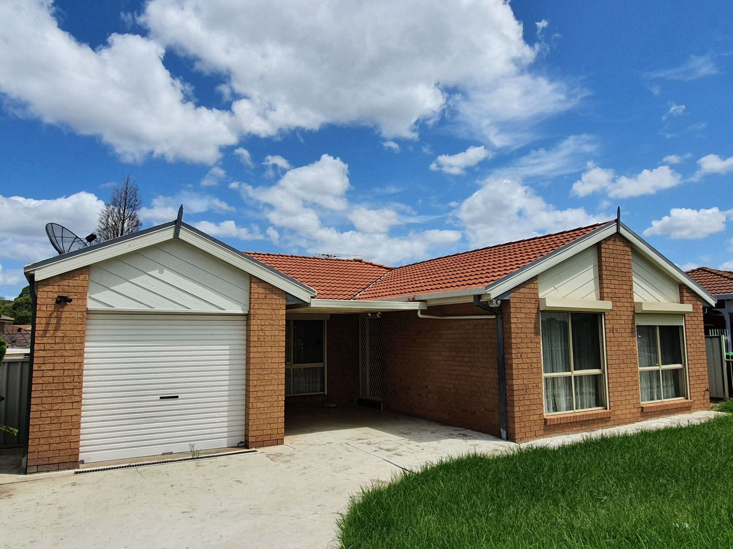 204 North Liverpool Road, Green Valley NSW 2168, Image 0