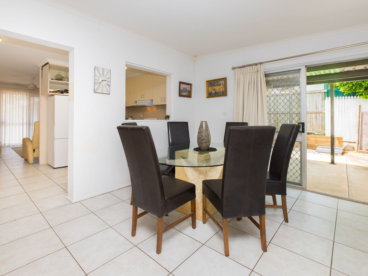 12 Straight Dr, Browns Plains QLD 4118, Image 2