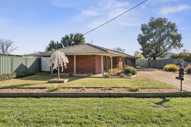 Picture of 118 Piper Street, KYNETON VIC 3444