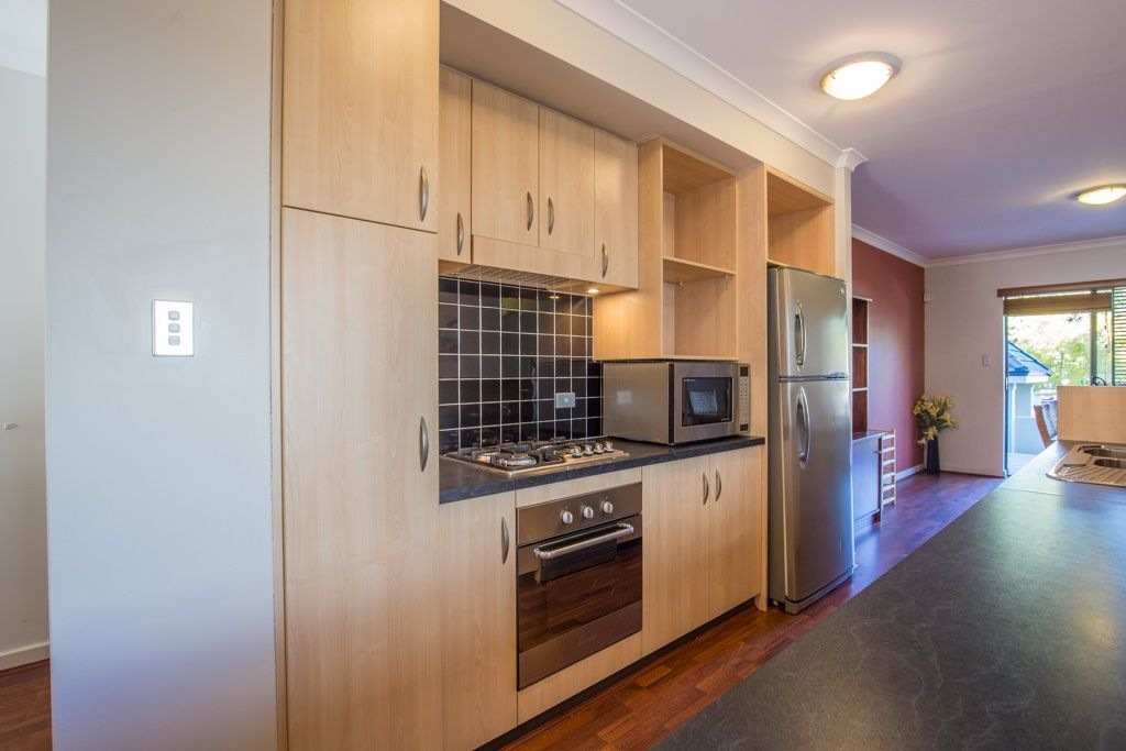 1/21 Hardy Street, South Perth WA 6151, Image 2