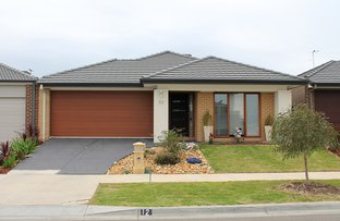 12 Marwedal Avenue, Clyde North VIC 3978