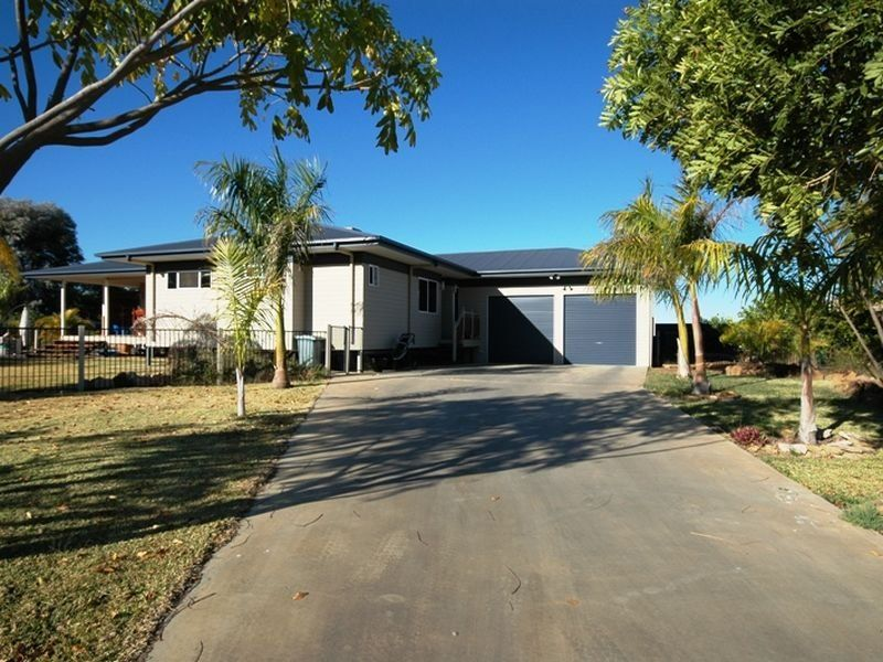 10 Honeyeater Court, Longreach QLD 4730, Image 0