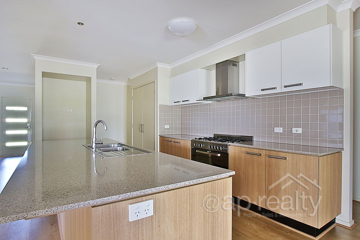 26 Aspen Street, Heathwood QLD 4110, Image 2