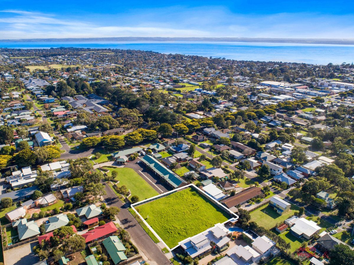 14-20 Redwood Drive, Cowes VIC 3922, Image 2