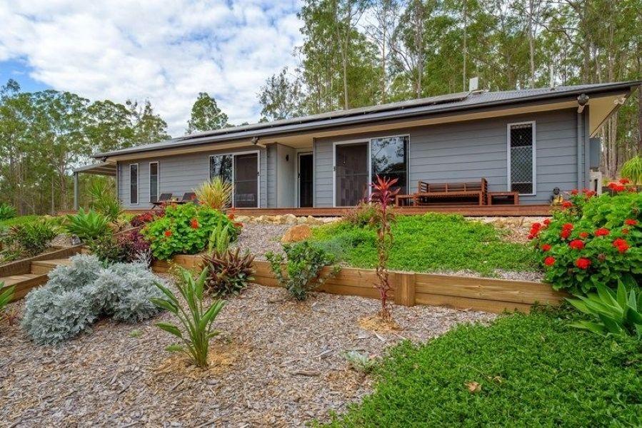 140 Varley Road North, Glenwood QLD 4570