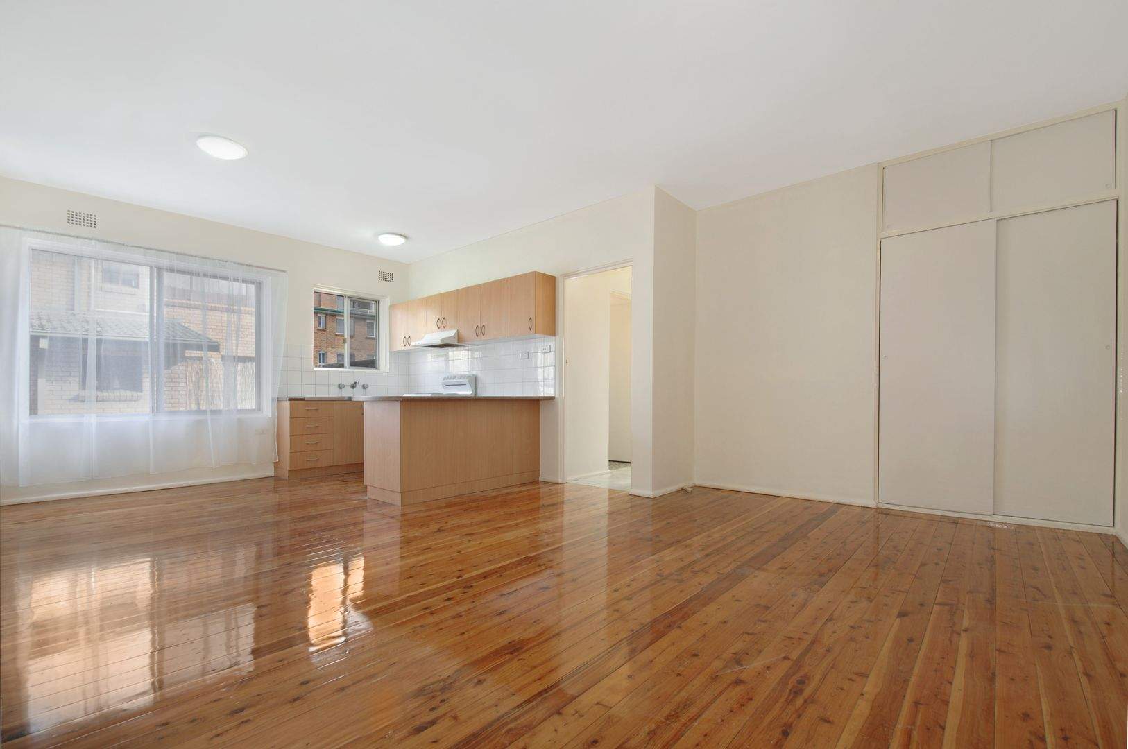 3/38 Campbell  Street, Wollongong NSW 2500, Image 2