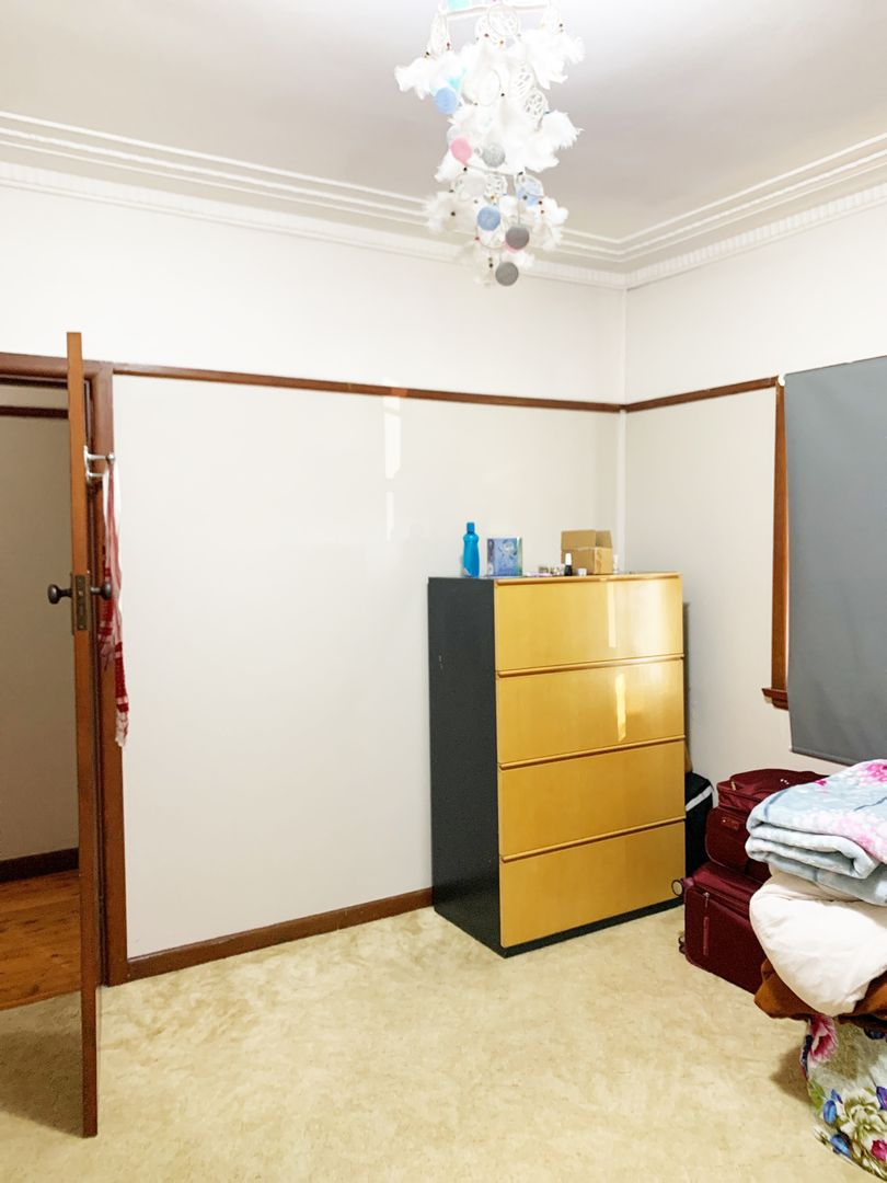 102 Canterbury Rd, Glenfield NSW 2167, Image 2