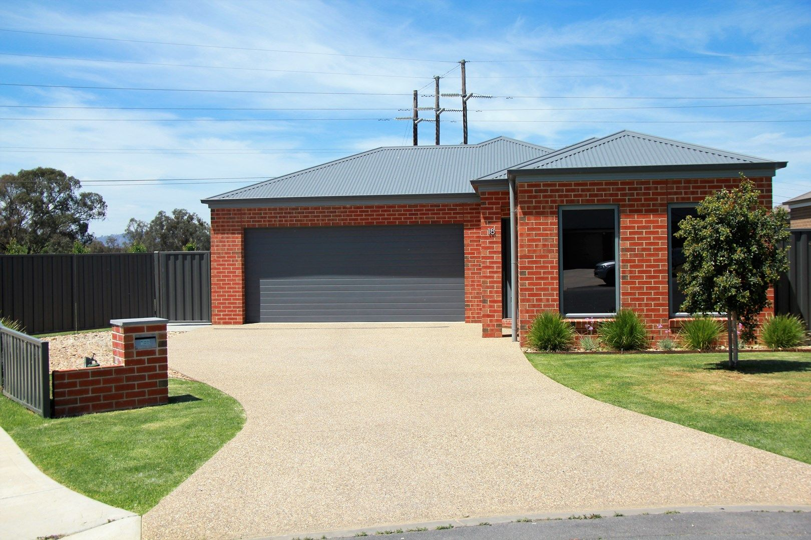 18 Baxter  Court, Lavington NSW 2641, Image 0